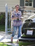 http://img239.imagevenue.com/loc104/th_95717_Jennifer_Love_Hewitt_leaves_a_friends_house_in_Los_Angeles_20090327_04_122_104lo.jpg