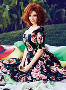 th_165811980_ChristinaHendricks_May2013F