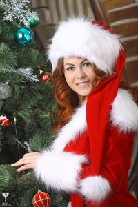 http://img239.imagevenue.com/loc209/th_531448827_silver_angels_Sandrinya_I_Christmas_1_073_123_209lo.jpg