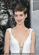 th 011395673 anne 122 447lo Anne Hathaway tied knot with Adam Shulman