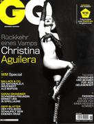 Christina Aguilera ( Кристина Агелера) - Страница 3 Th_64536_Xalt_ChristinaAguilera_GQ_Jun2k10_cov_122_46lo
