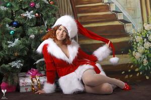http://img239.imagevenue.com/loc464/th_531333476_silver_angels_Sandrinya_I_Christmas_1_056_123_464lo.jpg