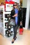 Nicky Hilton - Страница 4 Th_80235_celebrity_paradise.com_TheElder_NickyHilton2010_03_19_stopsbyTheSugarFactory2_122_494lo